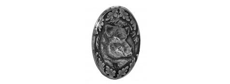 Calotte pommeau pour crosse pistolet en métal couleur argent. Gravures motif animalier Sanglier.