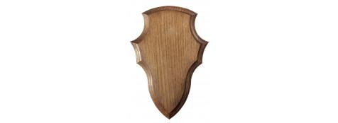Écusson en chêne pour Massacre de Cerf.40x25cm,ou 44x28 cm,ou 52x31 cm,ou 52x40 cm.